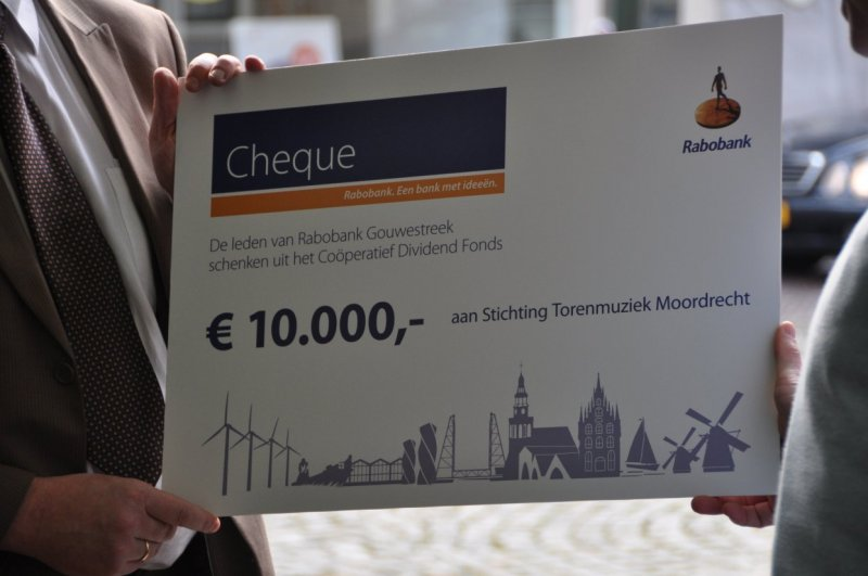 How to send a bank cheque in euros